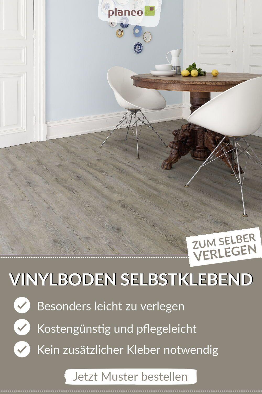Vinylboden Selbstklebend Besonders Leicht Zu Verlegen In 2020 Vinylboden Wohnzimmer Boden Kuchenboden