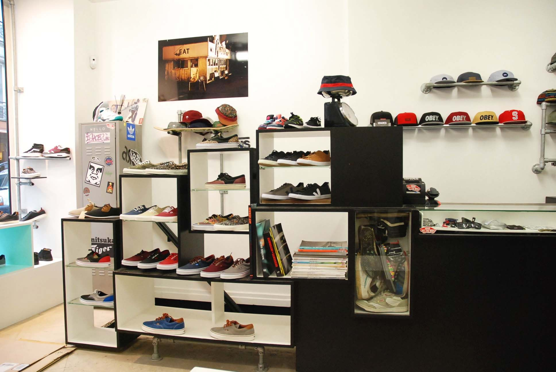 Sneakers shop Paris Marais, collection Vans | Baskets, Mode ...