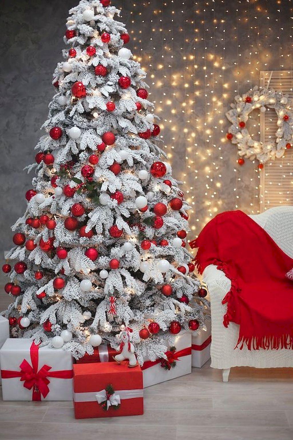 40 Gorgeous Christmas Tree Decorations Ideas Christmas Tree Design Christmas Backdrops Christmas Tree Inspiration
