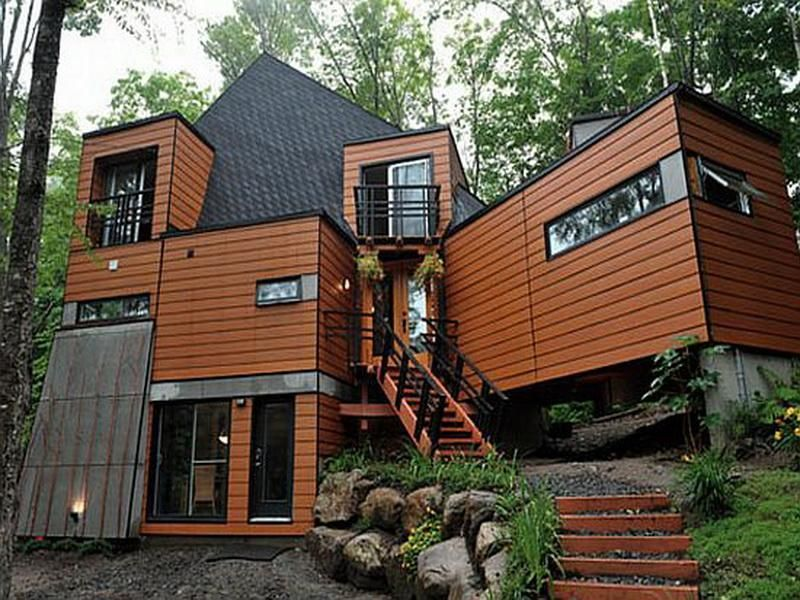 Large Shipping Containers Turns into Luxurious and Comfy Homes