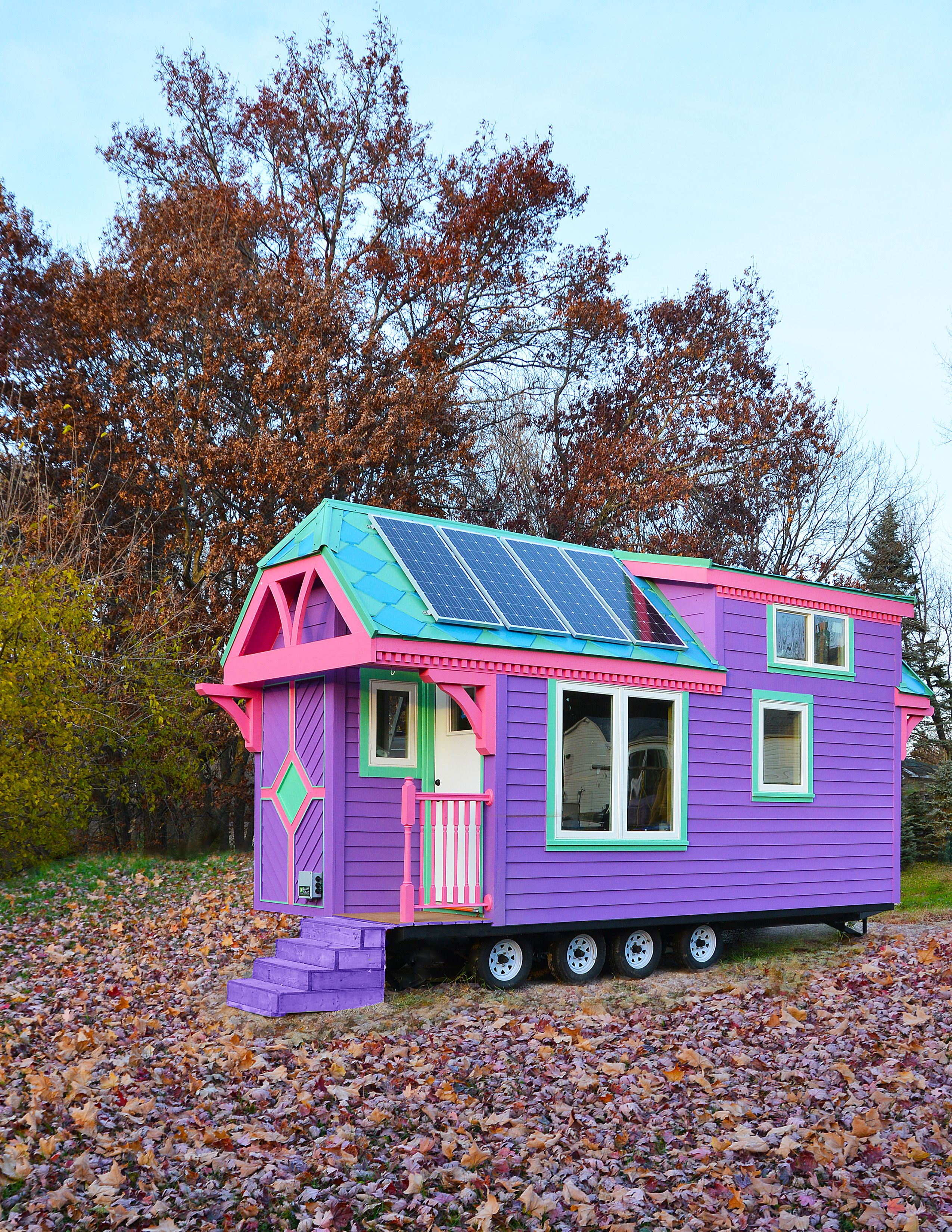 10 Wacky Exterior Paint Photos That Will Shock You Clever