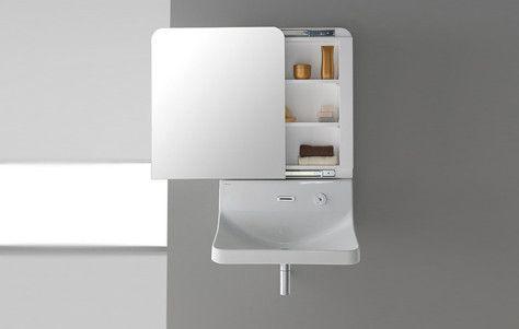 Bagno: lavabo e specchio in un unico pezzo