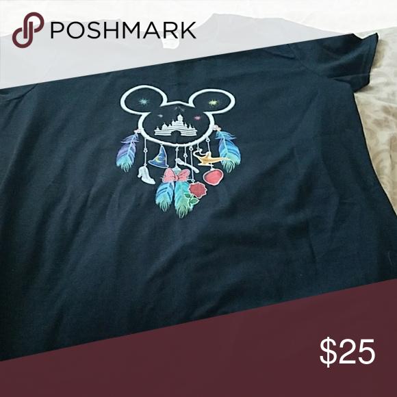 New Disney shirt Disney T-shirt new never worn.cool dreamcatcher emblem Tops Tees - Short Sleeve