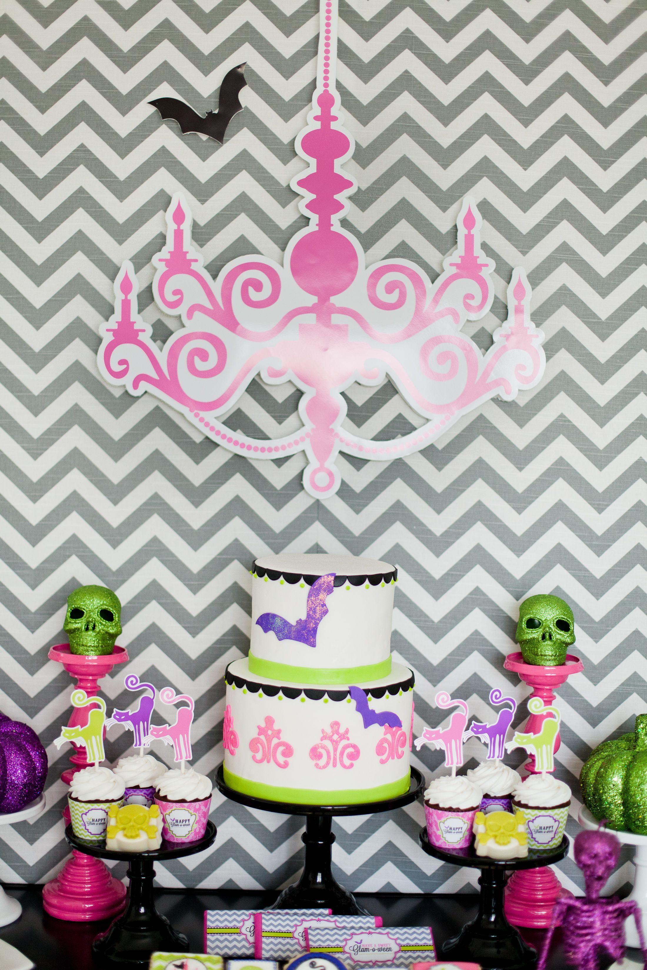 dessert table cake Halloween Pinterest