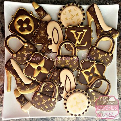 Louis Vuitton 40th Birthday Cookies, LV Cookies                                                                                                                                                                                 Más