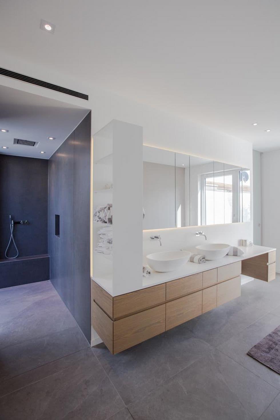 Elternbad Minimalistische Badezimmer Von Bplusarchitektur Minimalistisch Badezimmer Design Badezimmer Und Minimalistisches Badezimmer