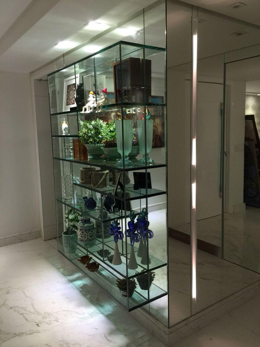 Cristaleira / estante by arqMULTI