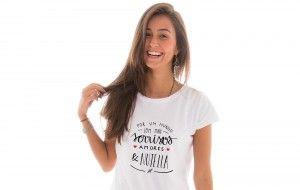 Camiseta Por Um Mundo Com Mais Sorrisos Amores E Nutella