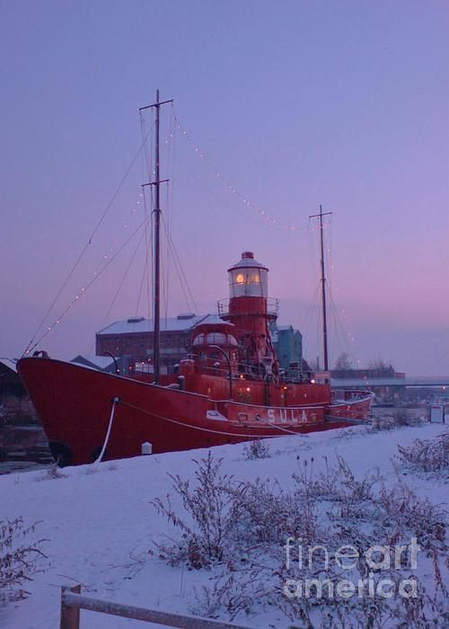 Lightship Sula in winter by John Williams  (c)2012