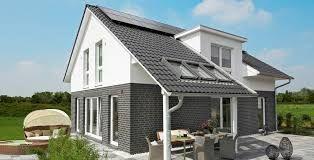bildergebnis f r haus mit satteldach und berdachter terrasse terasse haus haus ideen und. Black Bedroom Furniture Sets. Home Design Ideas