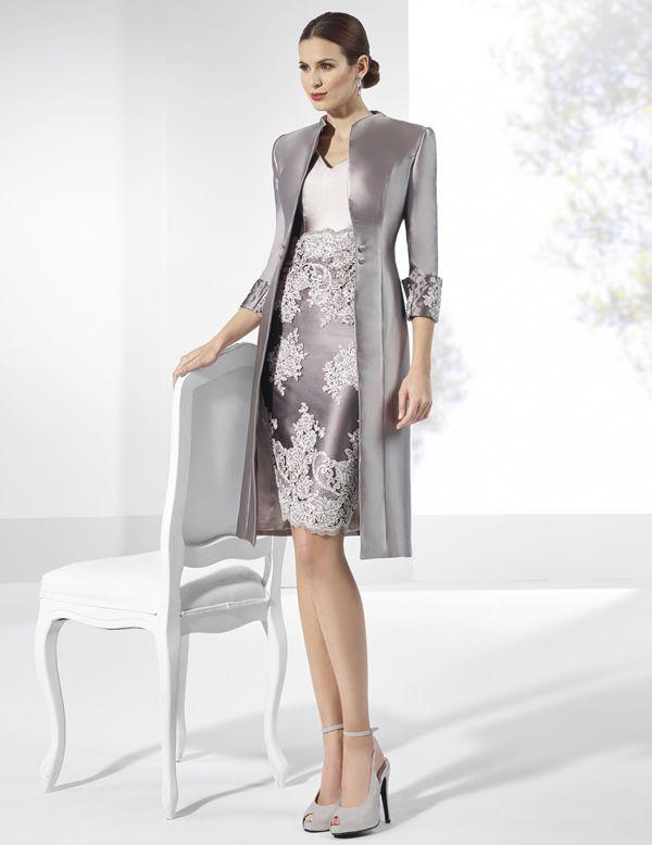 02fc0538a Vestidos de fiesta cortos de mikado plateado con abrigo.