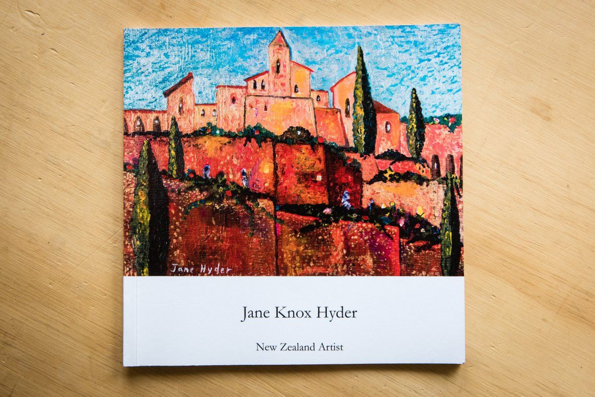 Jane Knox Hyder New Zealand Artist book published in the UK by Thumbnail Media . 2016.