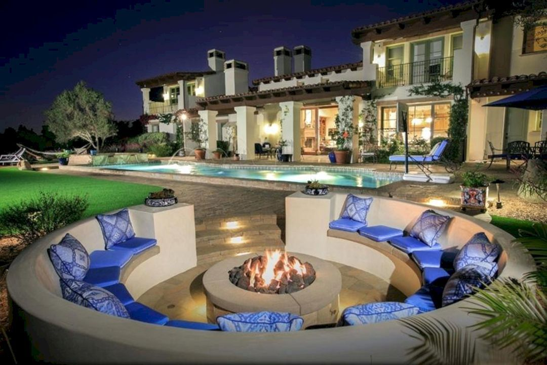 35+ Extraordinary Outdoor Living Room With Stunning ... on Living Room Fire Pit id=95224