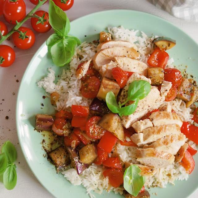 Ratatouille mit Hähnchen - Fitness-Rezept von BODY KITCHEN