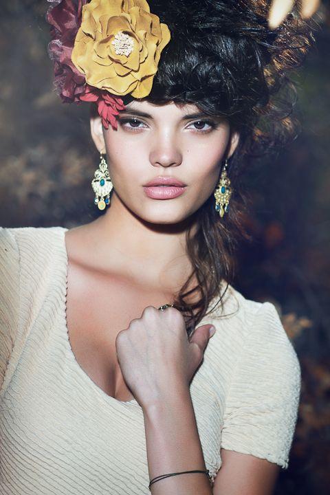 Unseen Hand Necklace | Hand necklace, Necklace, Angel