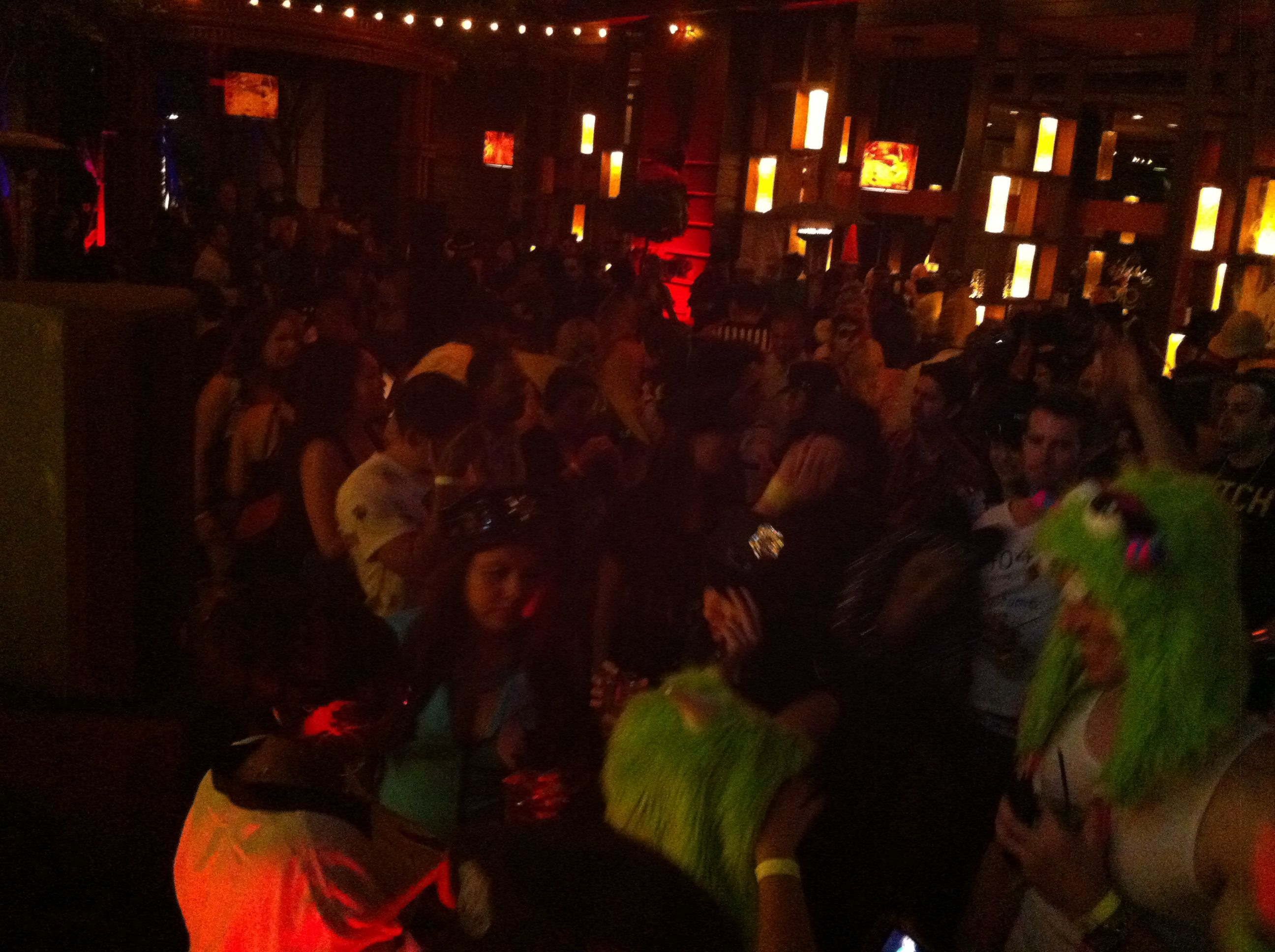 Glow Lounge Halloween Thriller Party at the Marina del Rey ...