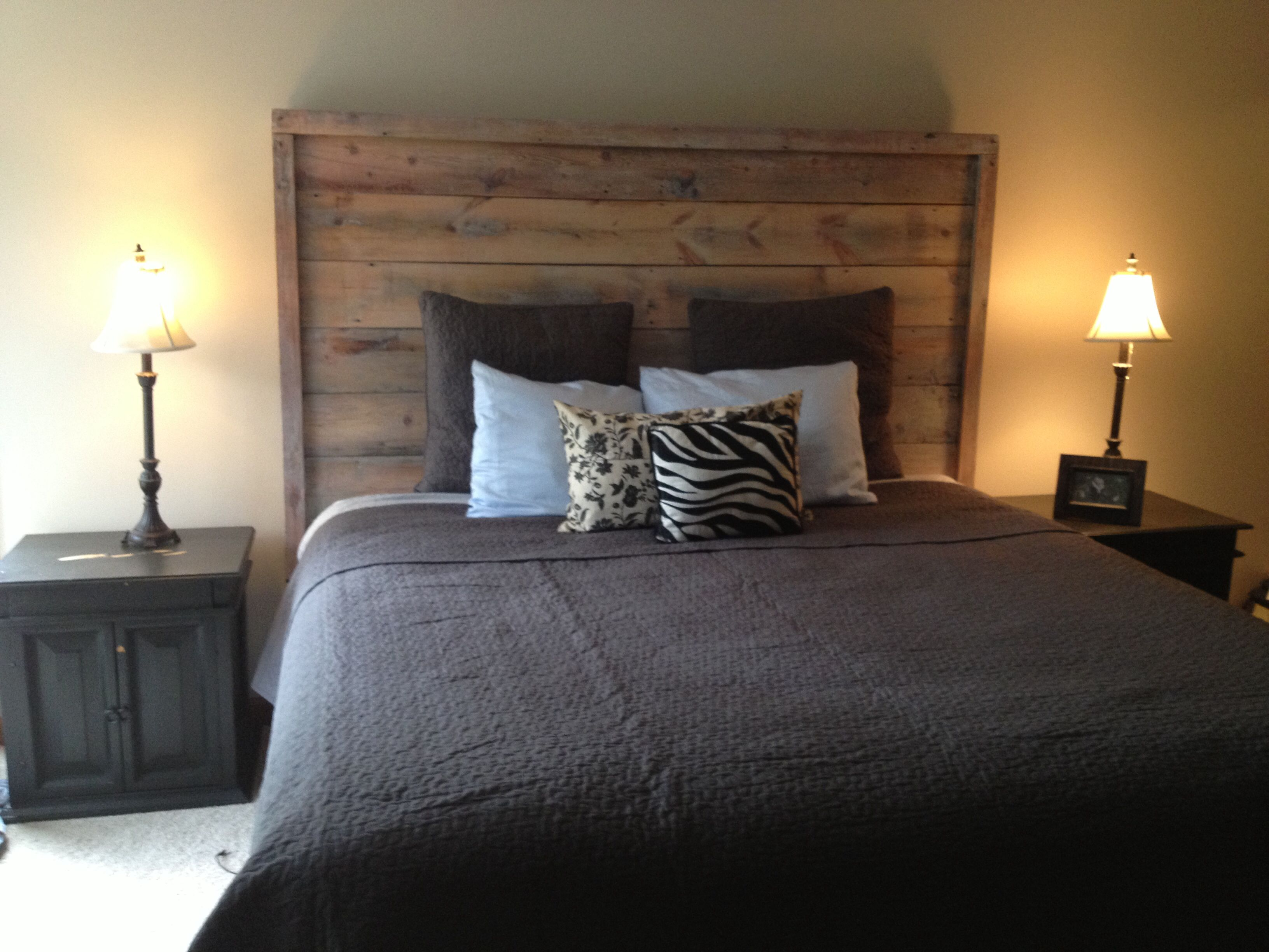 59 Incredibly Simple Rustic Décor Ideas That Can Make Your: Reclaimed Barn Wood Headboard.