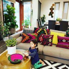 52 Winning Pics of #MyDesiSwag 2018 • One Brick At A Time – Sudeepta – 52 Winn… Oturma Odası