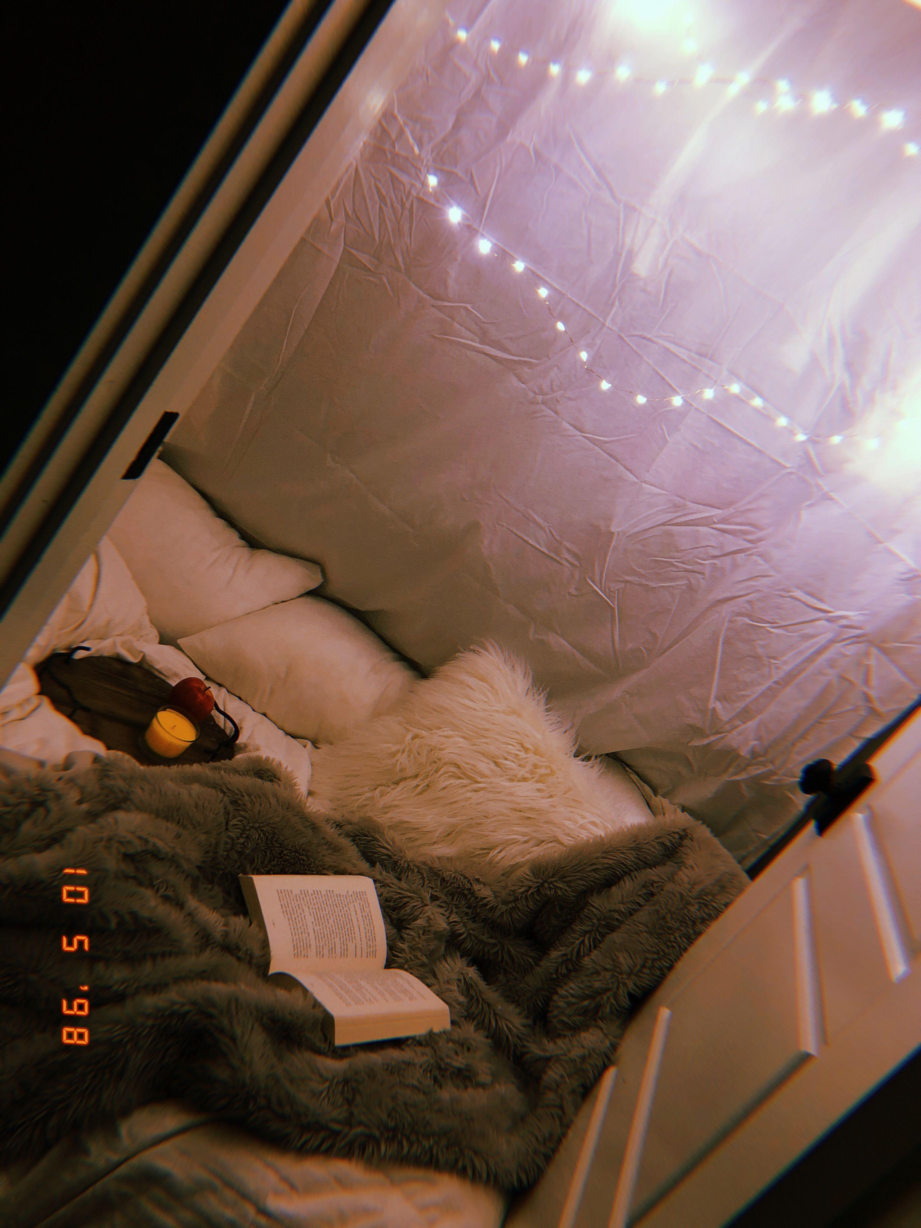 Cute Hangout  Hangout room, Diy room decor for teens, Comfortable