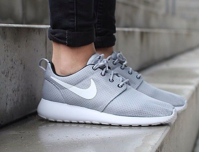 watch e7f82 0fe26 Roshe Run, Nike Roshe, Spike Shoes, Office Shoes, Ladies Shoes, Baby Shoes,  Sports Shoes, Grey, Leather Shoes