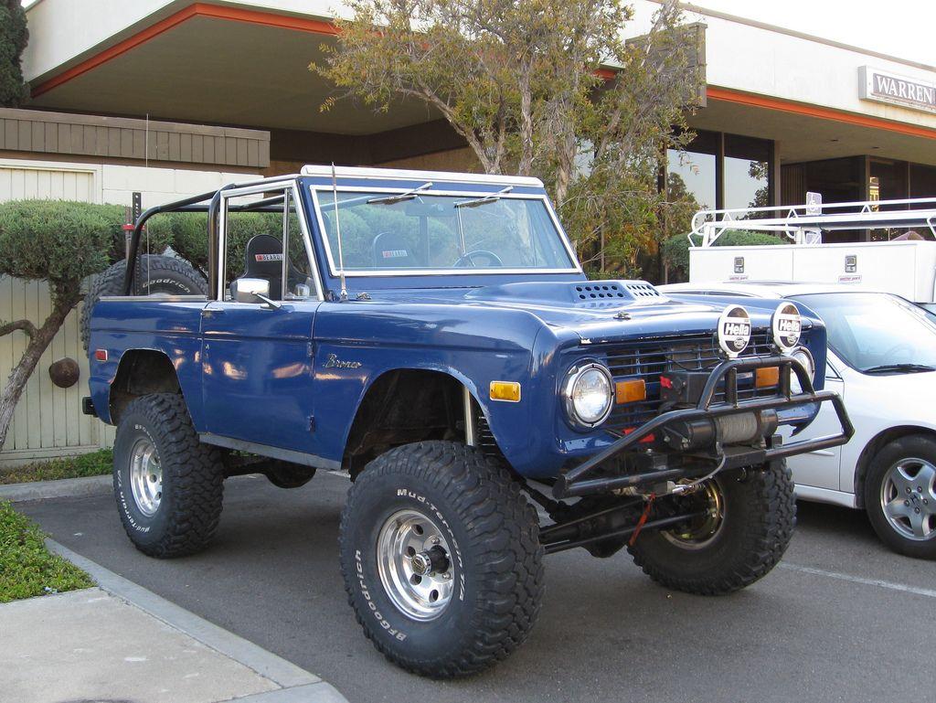 Ford Bronco Ford suv, Ford bronco, Classic ford broncos