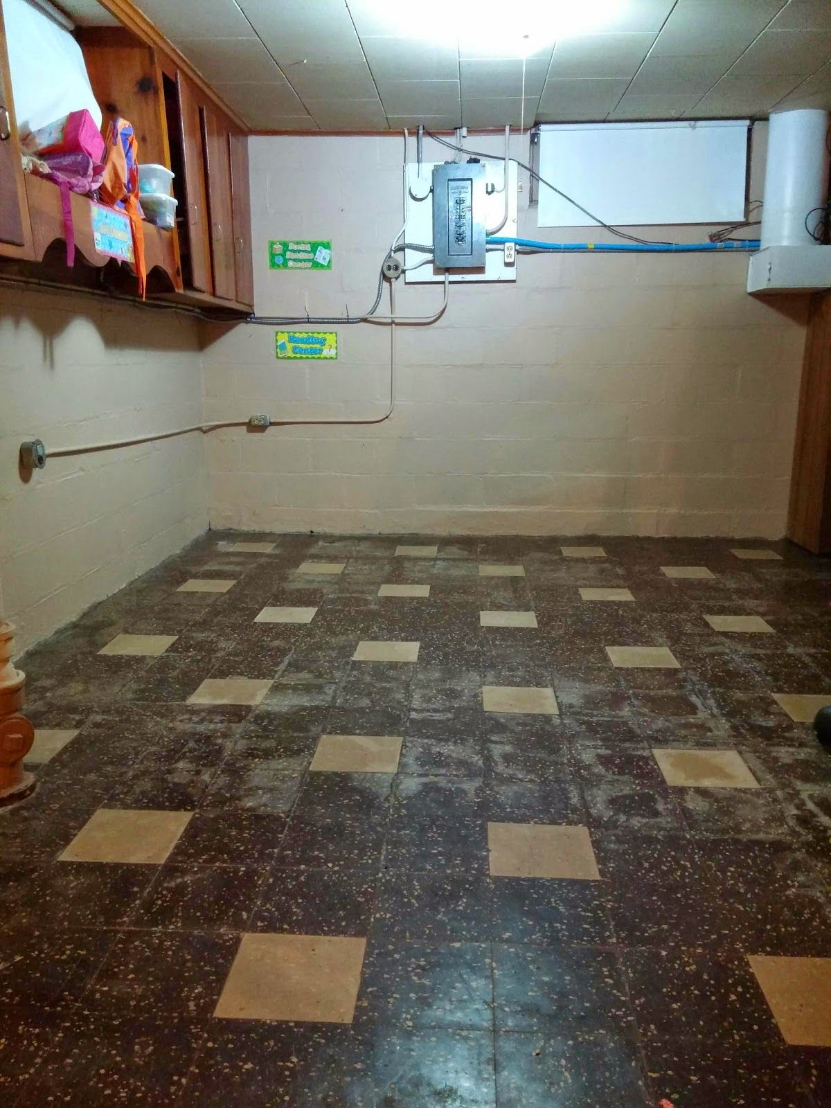 When we moved into our home one of the first things we noticed oh my baby painting asbestos tile dailygadgetfo Choice Image