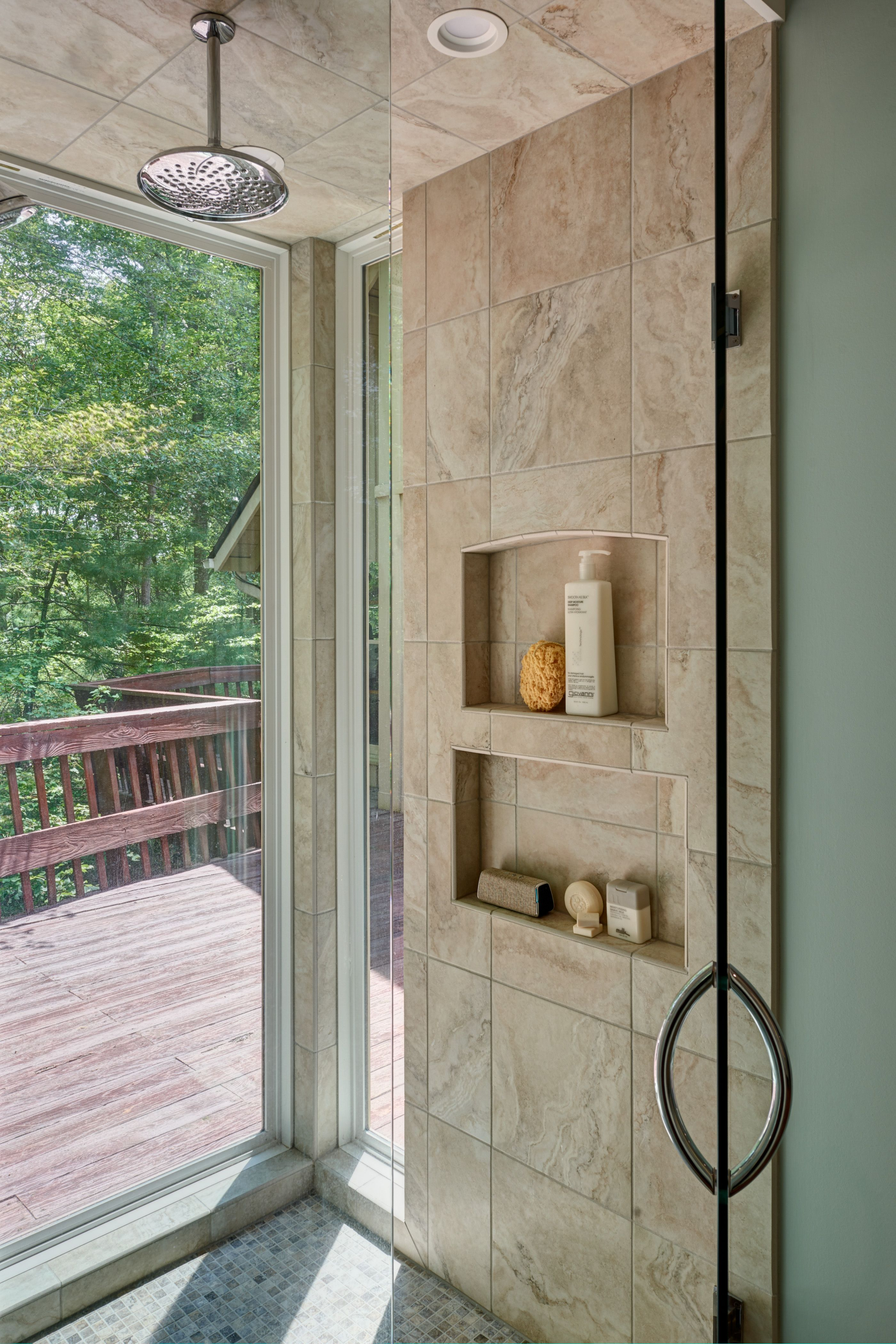 Shower With Exterior Glass Wall Brought Nature Into The Shower