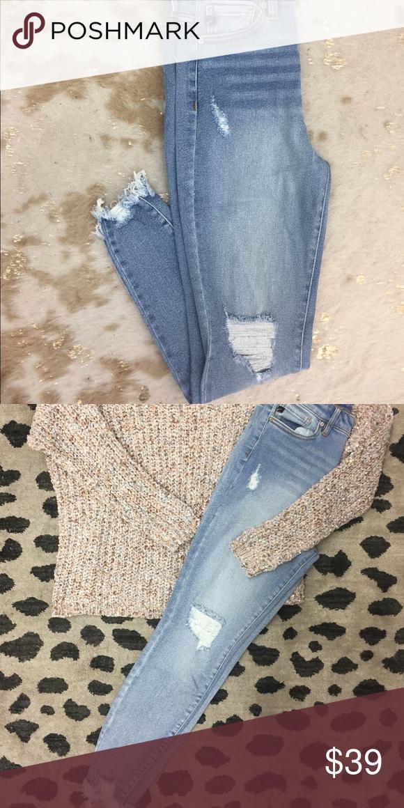 Distressed skinnies Womens jeans skinny, Skinny, Women