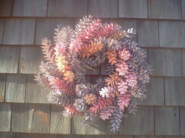 13 easy and creative pine cone crafts you can diy pine Homemade christmas decorations using pine cones
