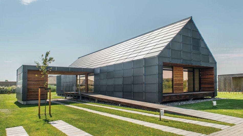 une maison ossature bois danoise et son bardage en verre. Black Bedroom Furniture Sets. Home Design Ideas