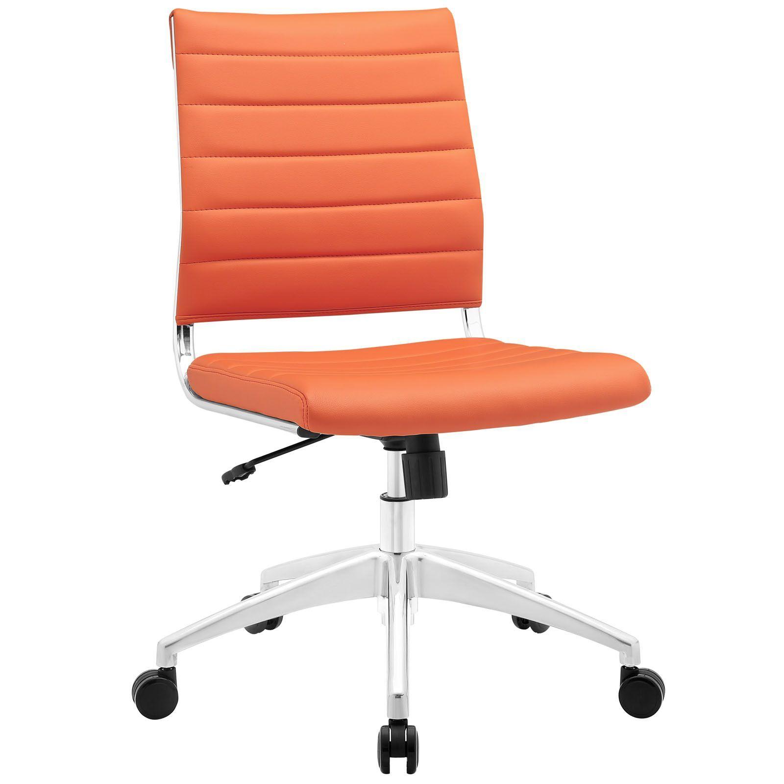 Ich habe einen stuhl in meinem shlafezimmer et ist orange farbe ich kaufe den stuhl von first of a kind der stuhl kostet 15000