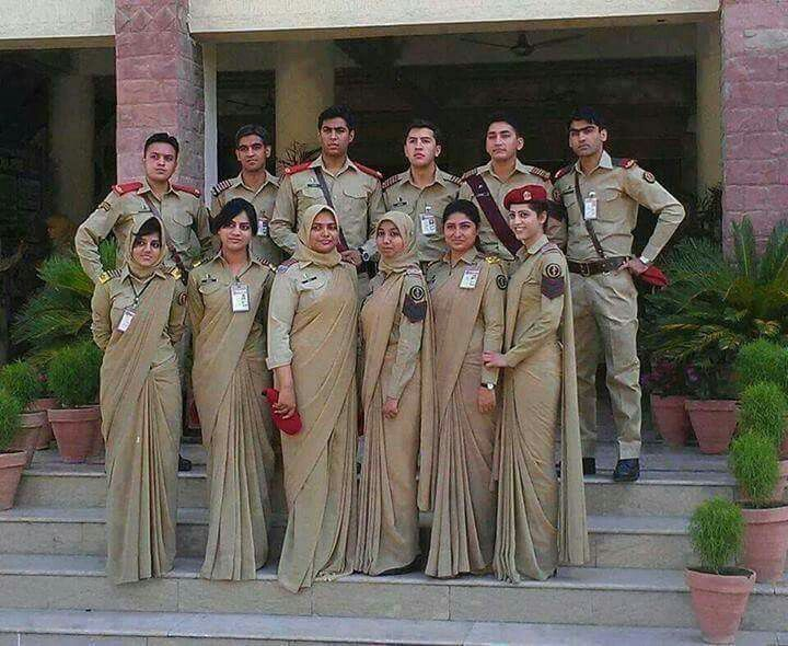 Army doctors pictures female pak Women in