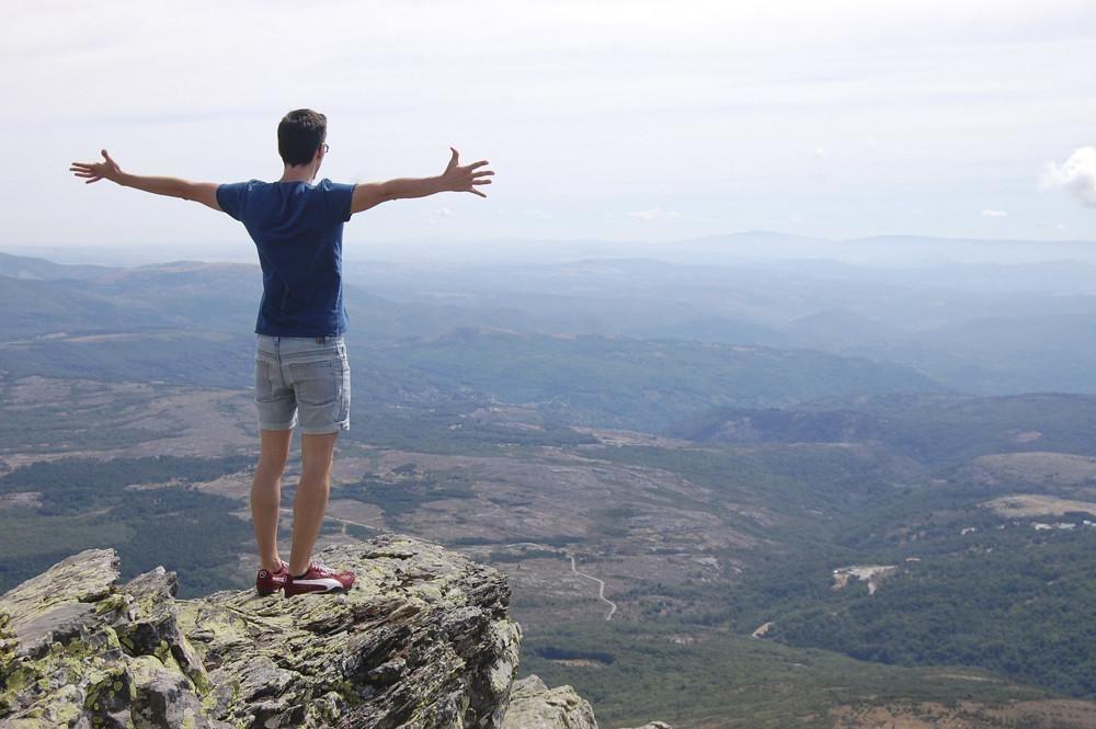 La Peña De Francia En Salamanca Santuario Y Naturaleza Francia Rutas De Senderismo Santuario
