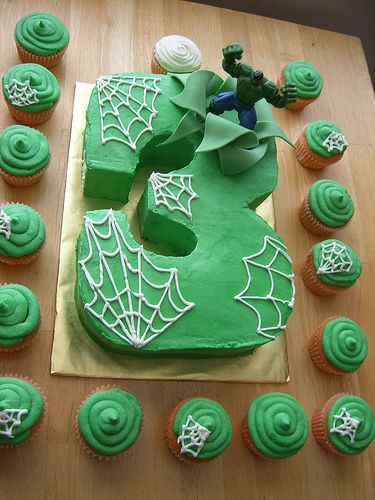 do hulk cake with bricks and smashed bricks instead of spiderwebs