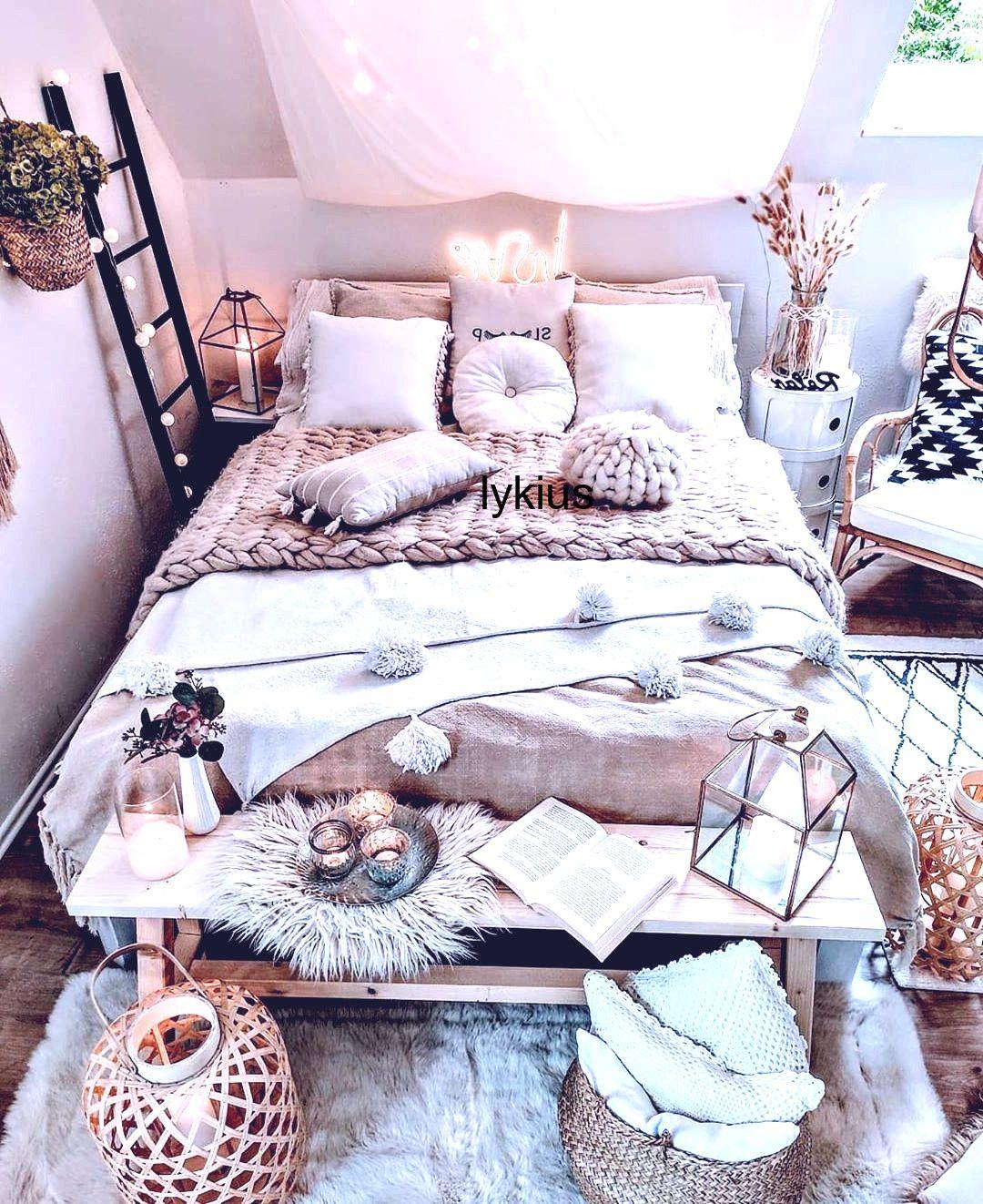 bohemian home accessories #home #accessories #homeaccessories Bohemian Style Ideas For Bedroom Decor #bohemianbedrooms