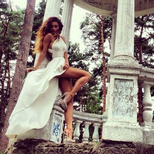 """Vestidos Elegantes Cortos"""" ~~Rosario Contreras~~"""
