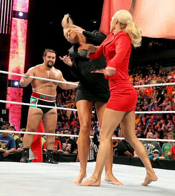 Lana and Summer Rae - WWE Raw | Our Sports | Pinterest | Comprar y Cosas