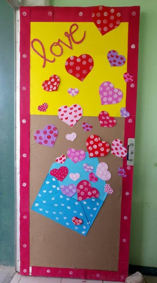 Puerta decorada del mes de febrero escuela preschool for Decoracion de puertas de salones