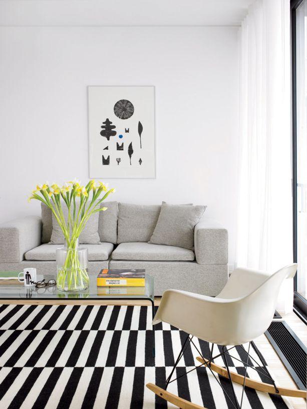 Reno Un Triplex Du Quartier Rosemont Decloisonne Decormag Tapis Salon Salon Ikea Tapis Blanc