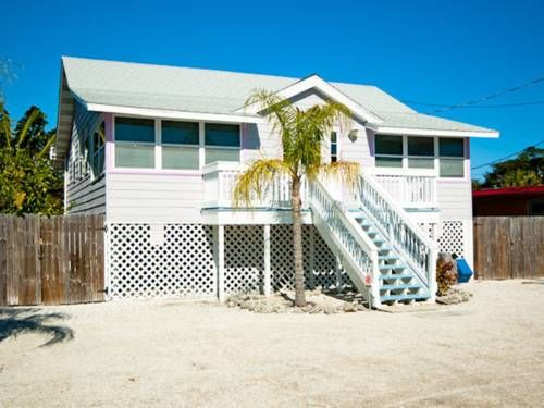 Katie S Beach Bungalow Bradenton Florida Is A Holiday Home With