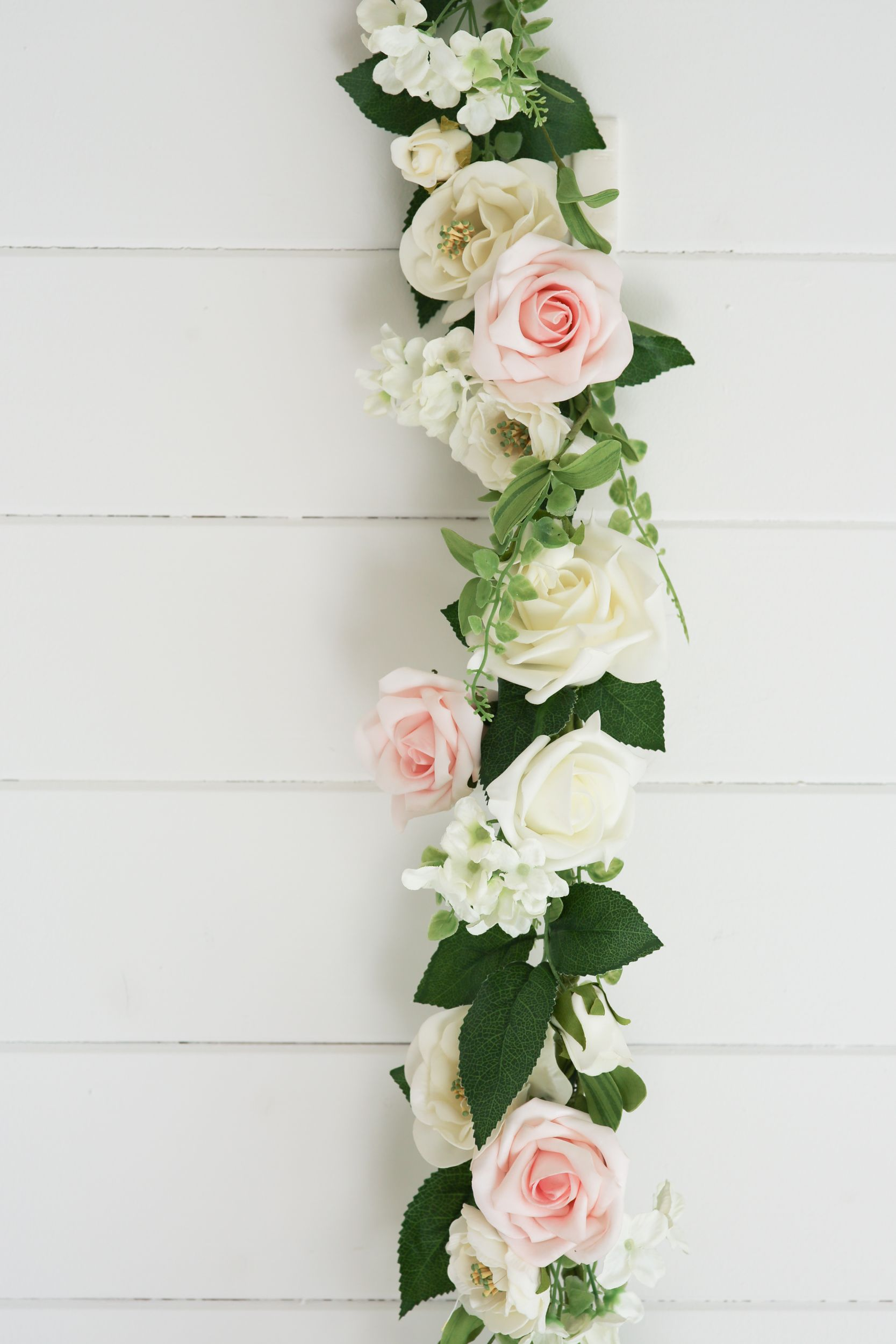 Hint of Pink English Country Garden Rose Garland | Flower Garlands ...