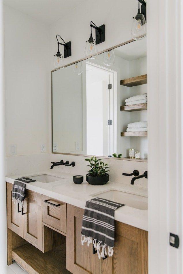 Photo of Mixing metals with Brizo in the bathrooms of Villa BonitaBECKI OWENS