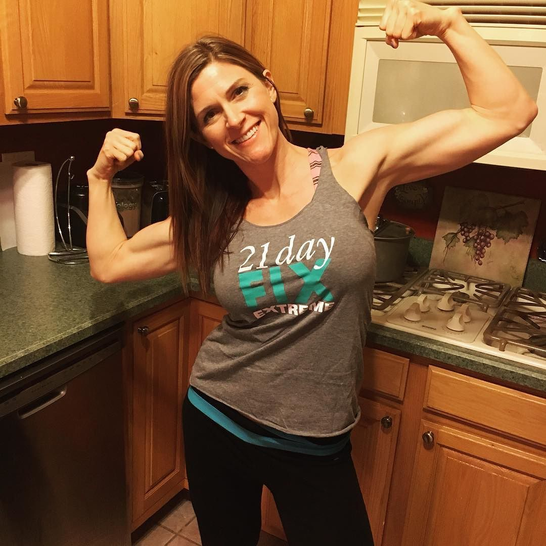 Got My Free Shirt For Graduating 21 Day Fix Extreme Today I Seriously Love Getting Gear Its The Best Feeling When You Are Rewarded Hard Work