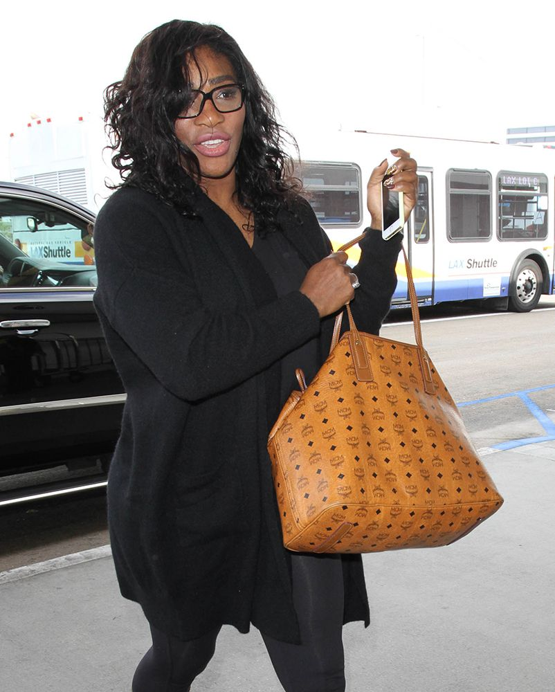 8837a94ca3d0 Celebs Holiday Shop While Carrying Bags from Chanel