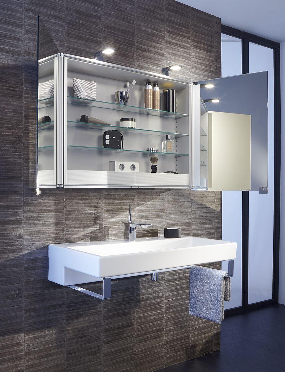 Des meubles dans la salle de bains pour tout ranger astucieusement et avec �l�gance : c'est ce que propose la Collection de meubles Terrace par Jacob Delafon. D�couvrez tous nos meubles de rangement pour la salle de bains #meubles #rangement #salledebain