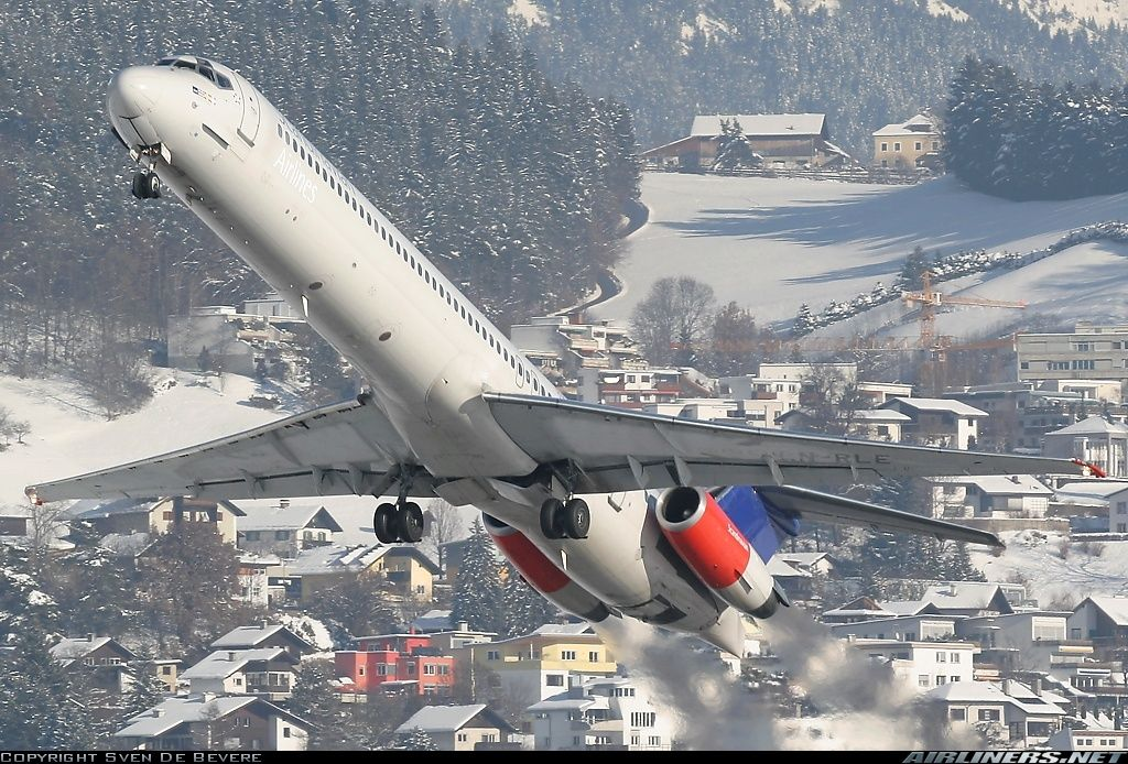 Mcdonnell Douglas Md 82 Dc 9 82 Scandinavian Airlines Sas Aviation Photo 0992312 Thai Airline Scandinavian Airlines System Aircraft Pictures