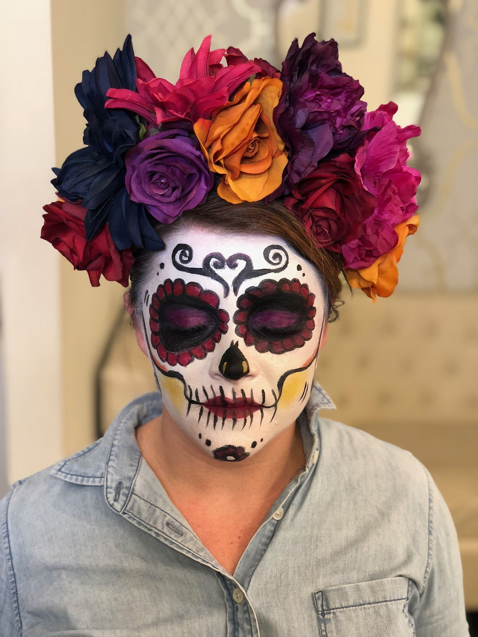 sugar skull makeup look for día de los muertos face