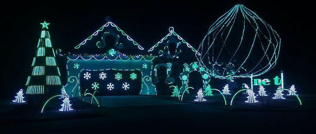 Xlights Mega Tree I Want A Hippopotamus For Christmas Gayla Peevey Hippopotamus For Christmas Christmas Medley Fun Songs