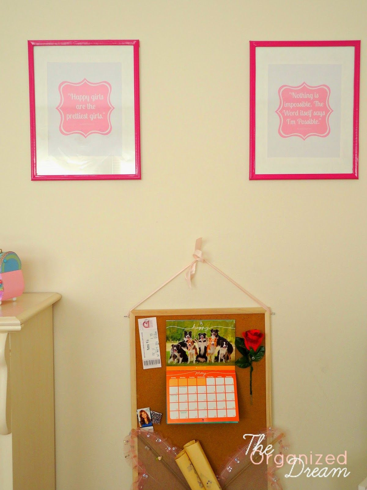 DIY Easy peasy wall art with #duct #tape and dollar store frames ...