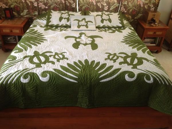 Honu Turtle Hand Painted King Size Hawaiian Style Quilt